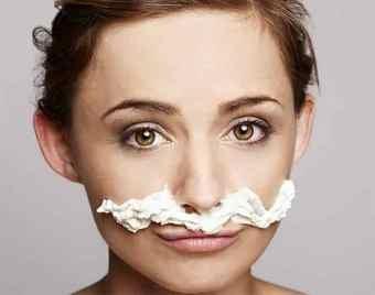 Девушки призвали не стыдиться своих усов и не скрывать их
