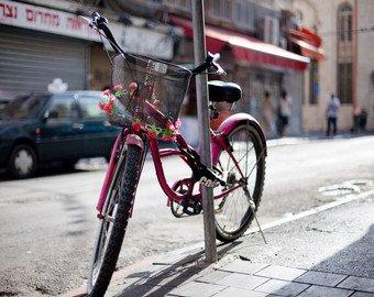 """Видео угона велосипеда """"неведомой силой"""" набирает популярность в Сети"""