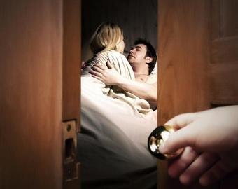Мужчина отсудил  тыс. у любовника жены из-за измены