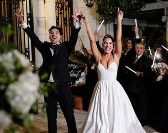 Незнакомка в белом платье едва не расстроила свадьбу