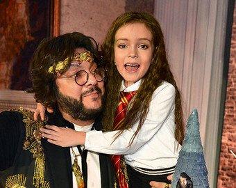 Киркоров снял ролик про подарки 8-летней дочери