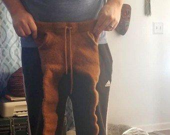 Жена решила расстаться с мужем из-за испорченных штанов