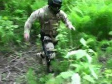 Испытания боевого экзоскелета попали на видео