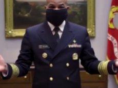 Американский врач показал на видео, как самому сделать маску