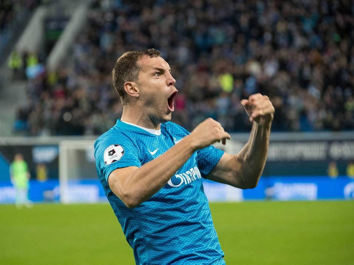 «Зенит» показал пятерку голов на последних минутах матчей