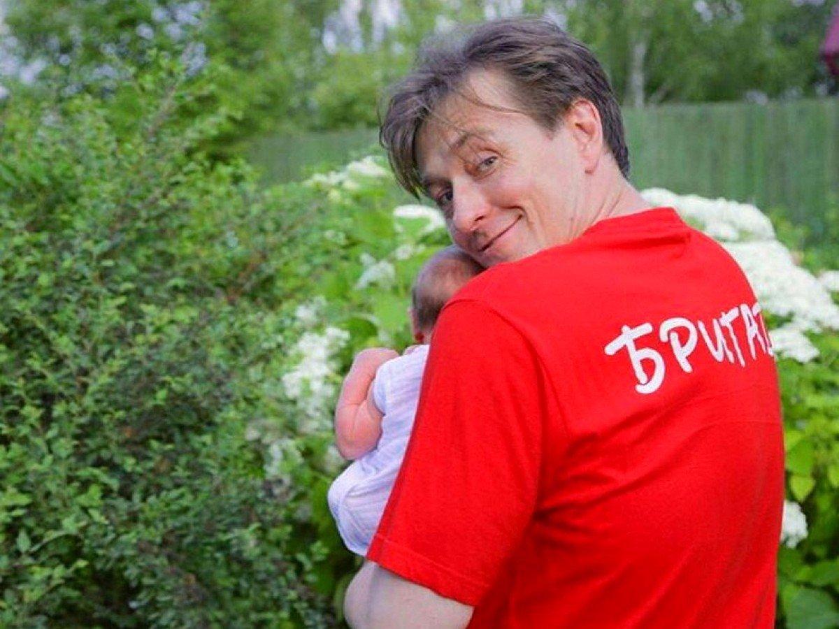 Сергей Безруков обнародовал фото с детьми