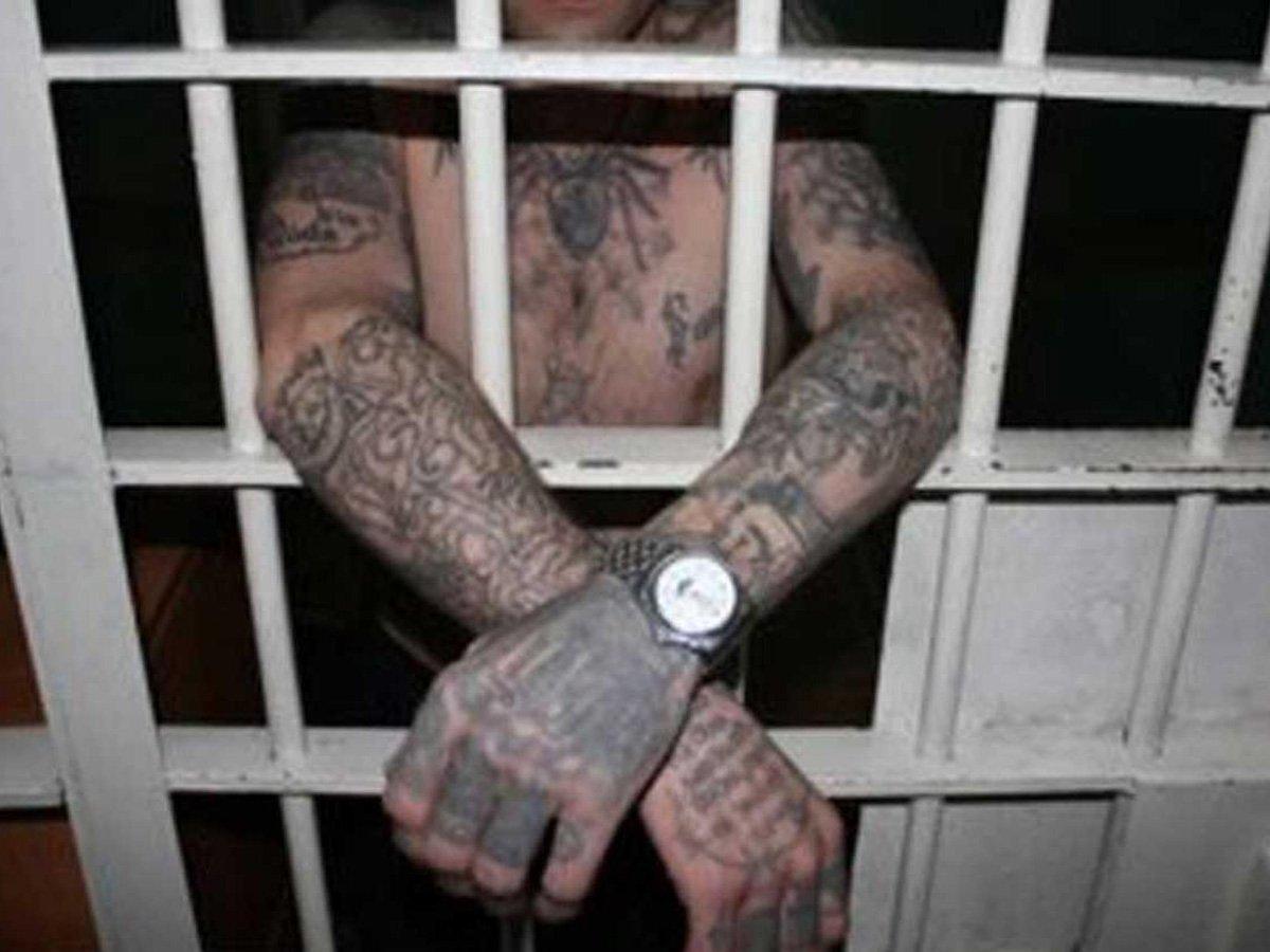 Вор в законе Омар Уфимский напал на тюремщика из-за отказа в прогулке на зоне