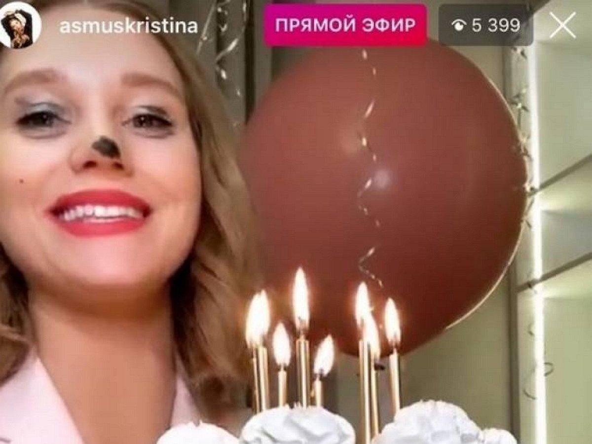 «Рассол тащите»: Асмус шокировала Сеть фото «отходняка» после дня рождения