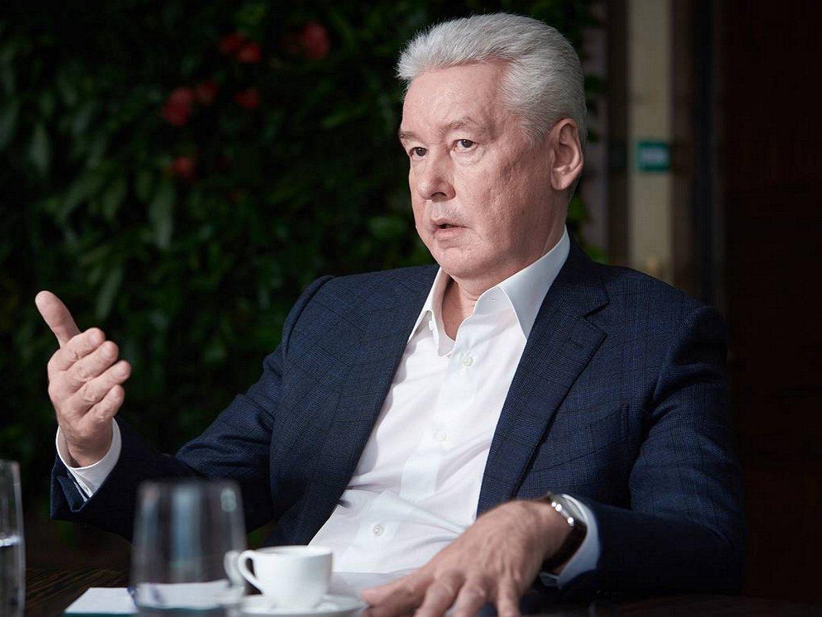 Собянин прокомментировал слухи о вводе войск в Москву