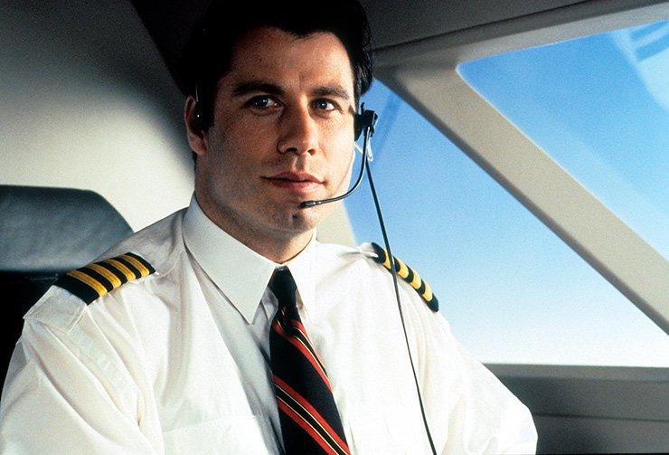 Знаменитости, которые умеют управлять самолетами