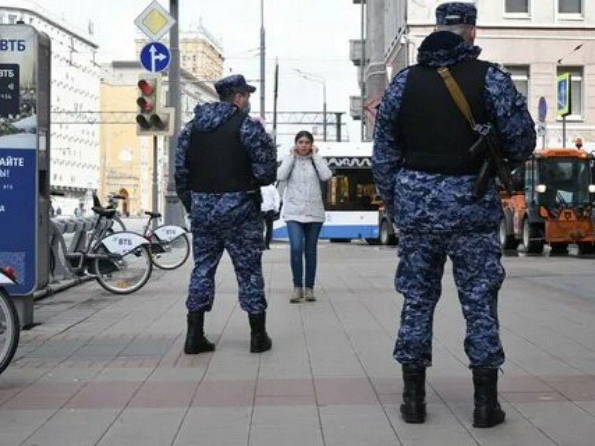 «Это уже не шутки»: полицейским разрешат стрелять на поражение