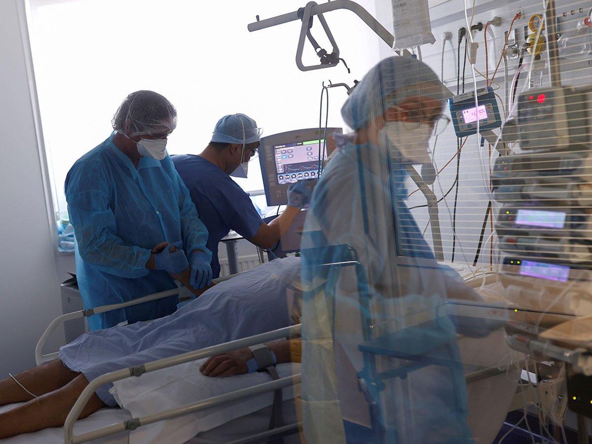 В России более 70 медиков умерли от коронавируса