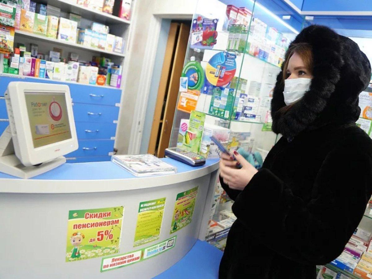 СМИ: столичные власти расторгли контракт на покупку масок с фирмой, связанной с чиновником из мэрии