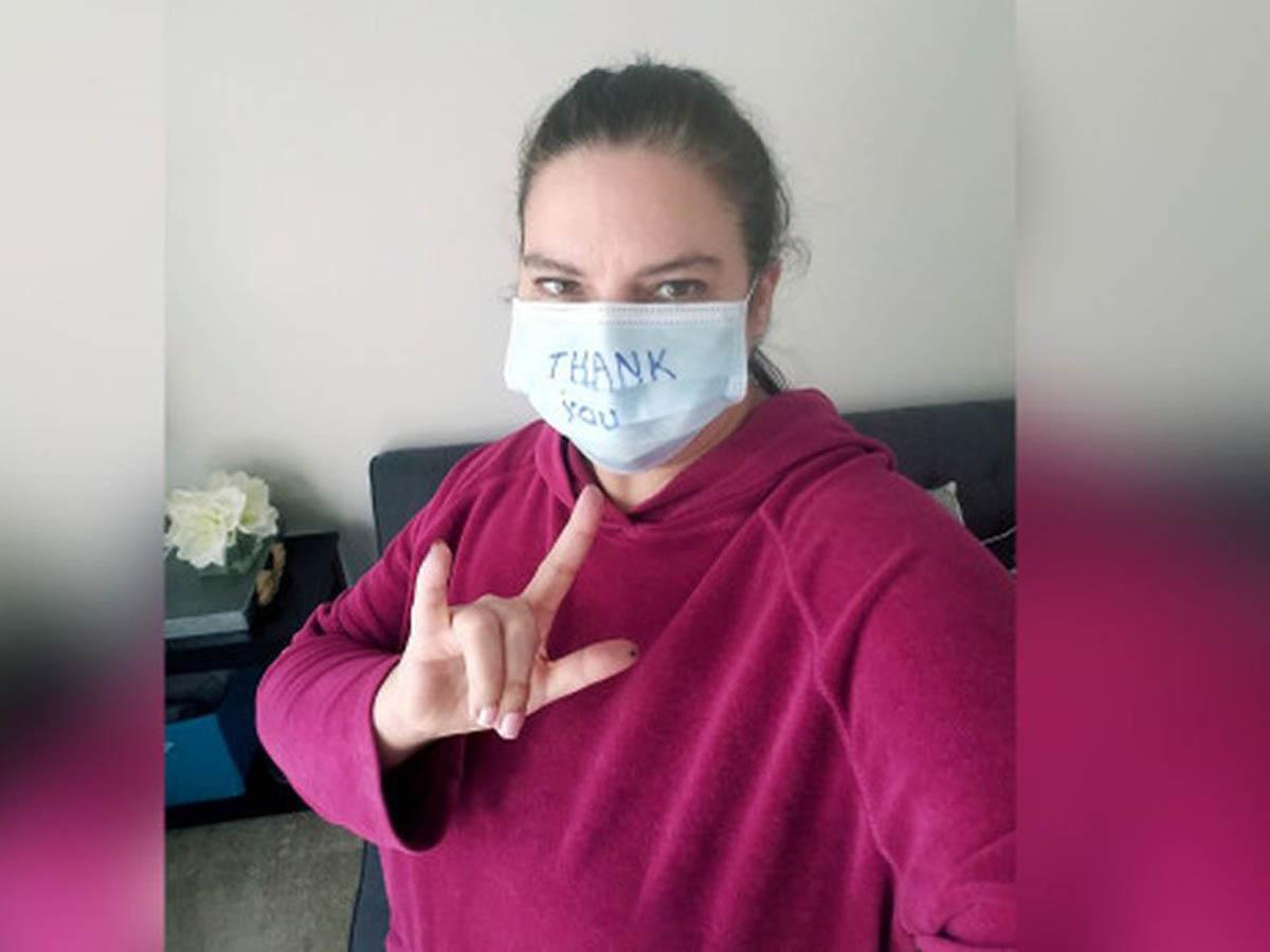 Сидевшая три недели дома на карантине девушка заразилась COVID-19
