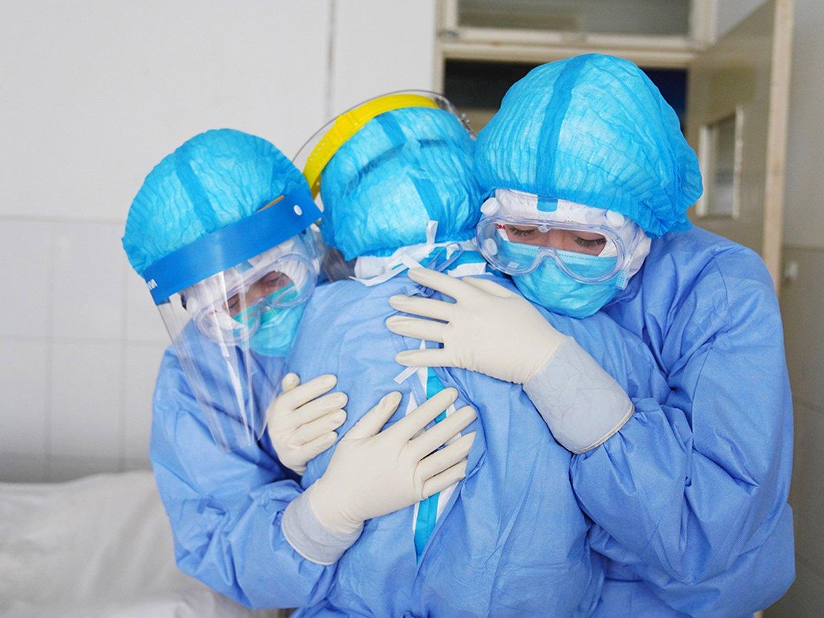 Медики назвали новый путь передачи коронавируса
