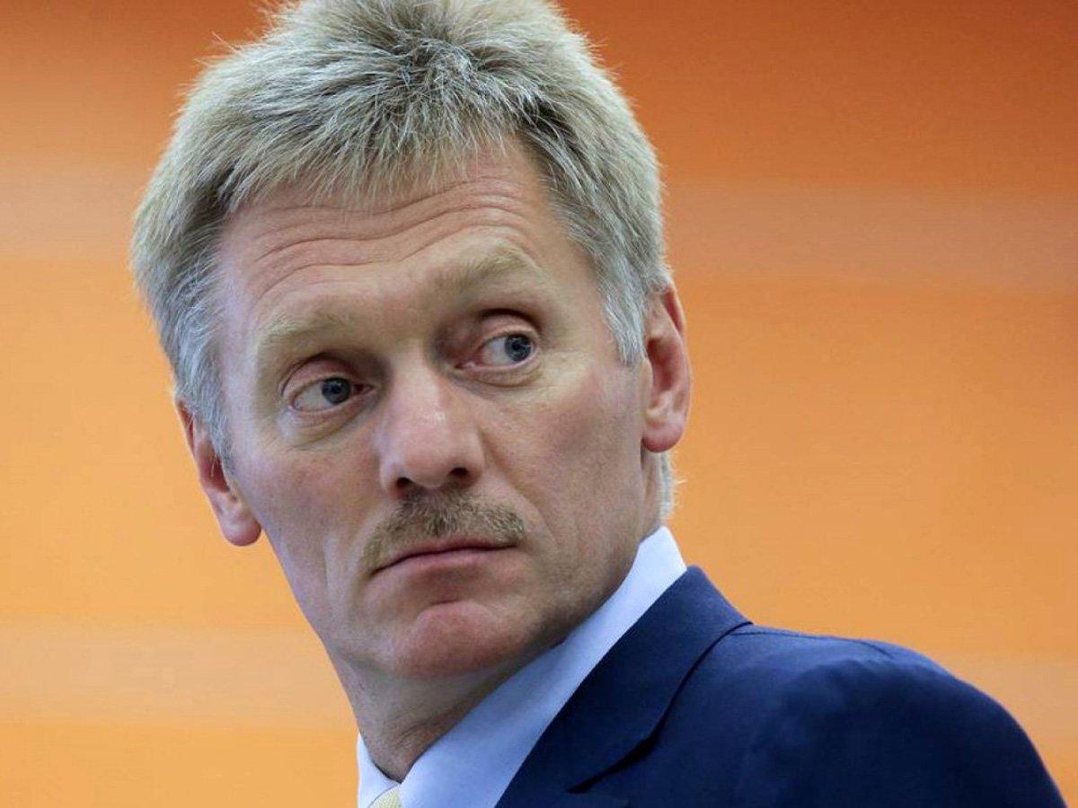 Кремль обещает россиянам прямую материальную поддержку и вторую волну COVID-19