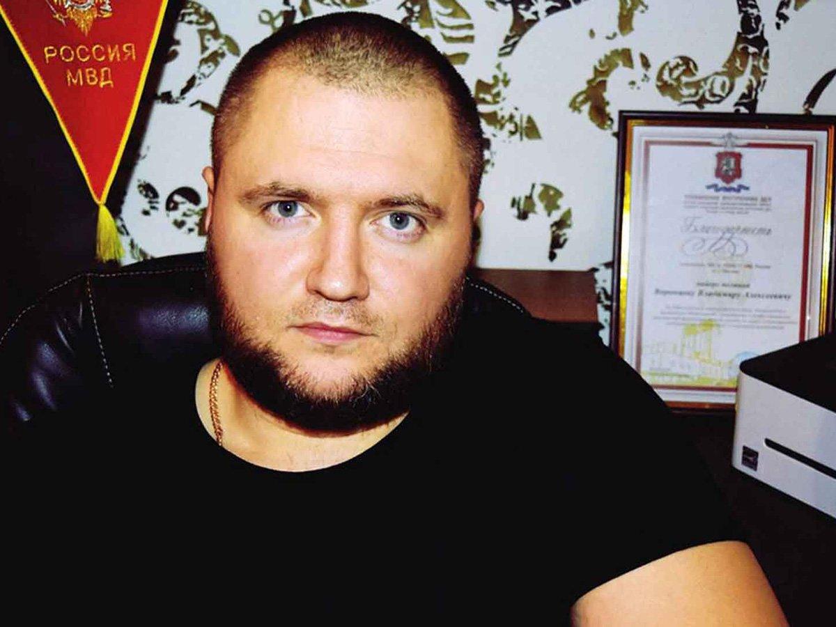К обвиненному в распространении фейков админу паблика «Омбудсмен полиции» ворвалась полиция