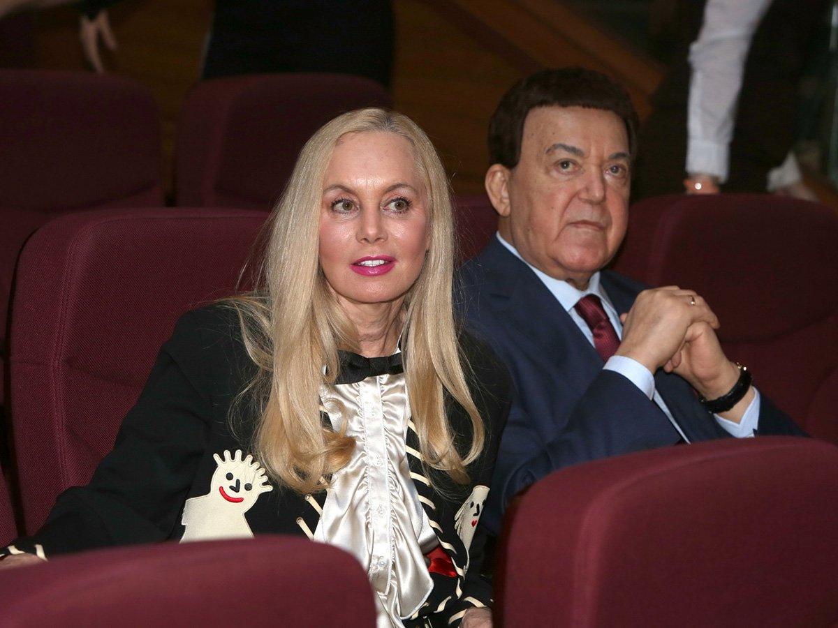 От вдовы Кобзона должники требуют 18 млн рублей