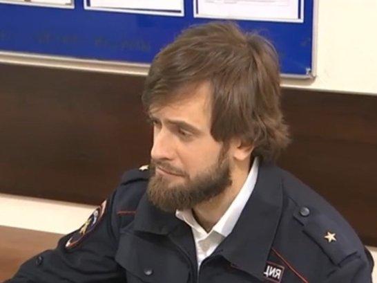 Петр Верзилов из Pussy Riot задержан в форме полицейского