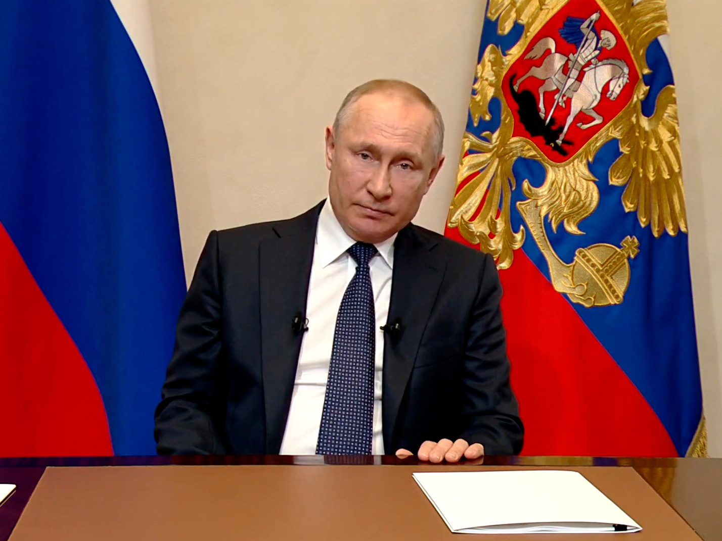 Путин проведет совещание по продлению режима самоизоляции