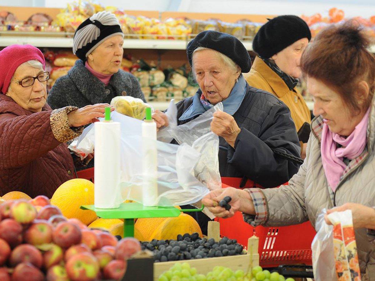 Минтруд решил уменьшить накопительную часть пенсии