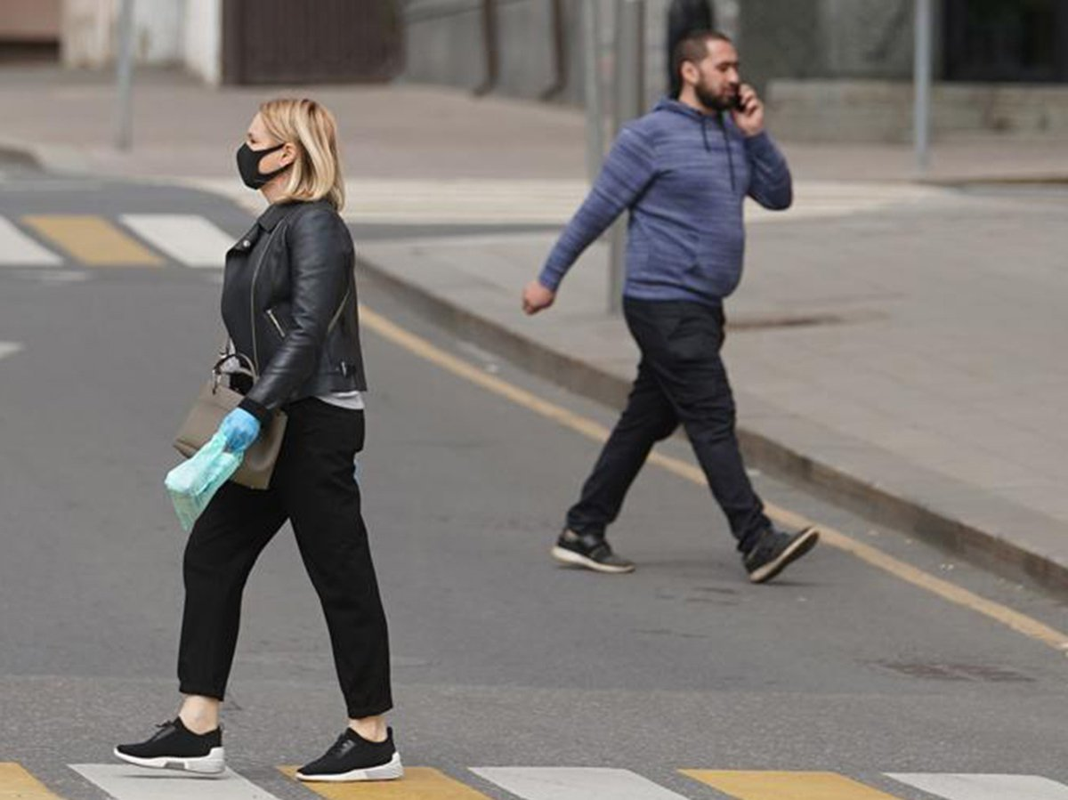 Собянин разрешил прогулки по графику в Москве