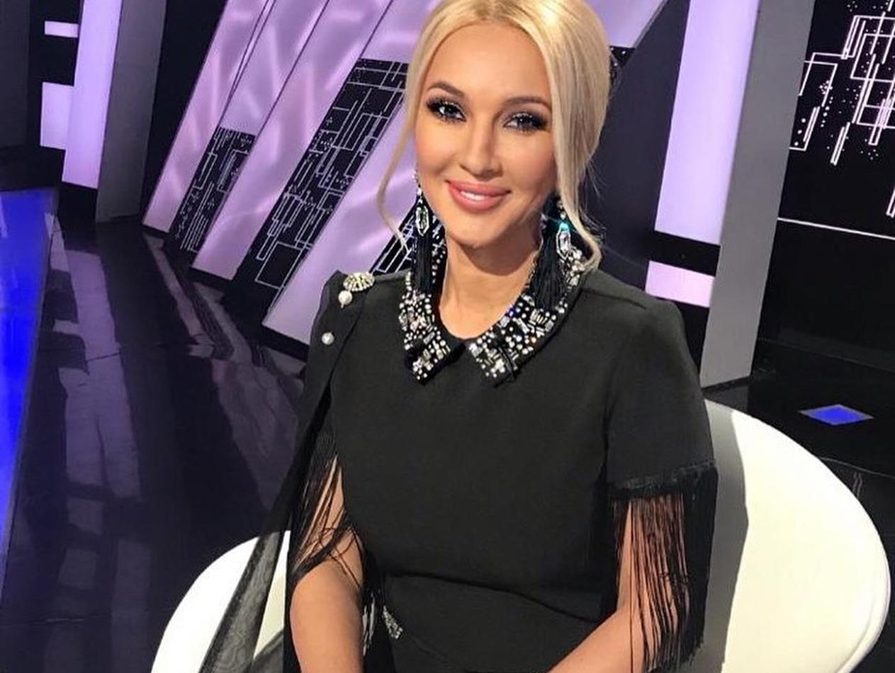 Лера Кудрявцева опубликовала первые фото из роддома