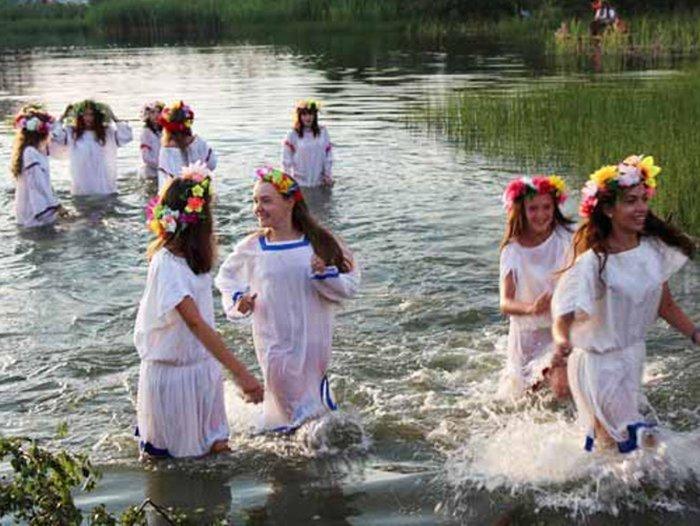 Праздник Купальница отмечается 20 мая