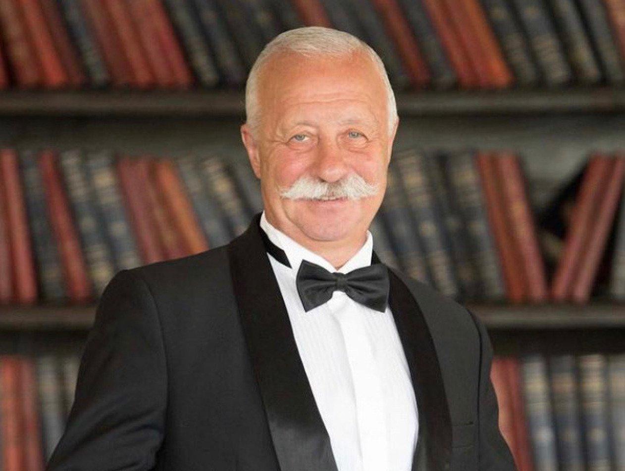 «Копия отца!»: 75-летний Якубович показал своего взрослого сына
