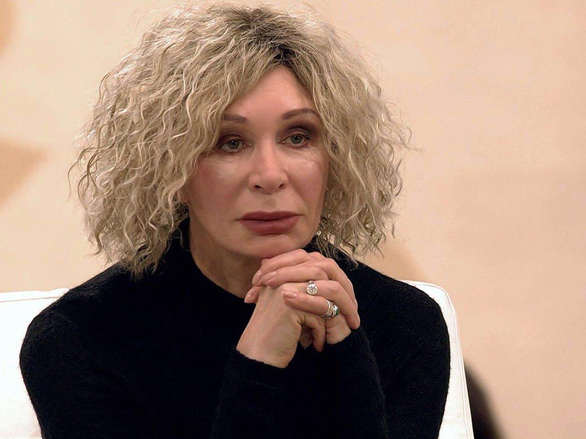 «Плакала и была в панике»: раскрыты подробности госпитализации из-за COVID-19 актрисы Татьяны Васильевой