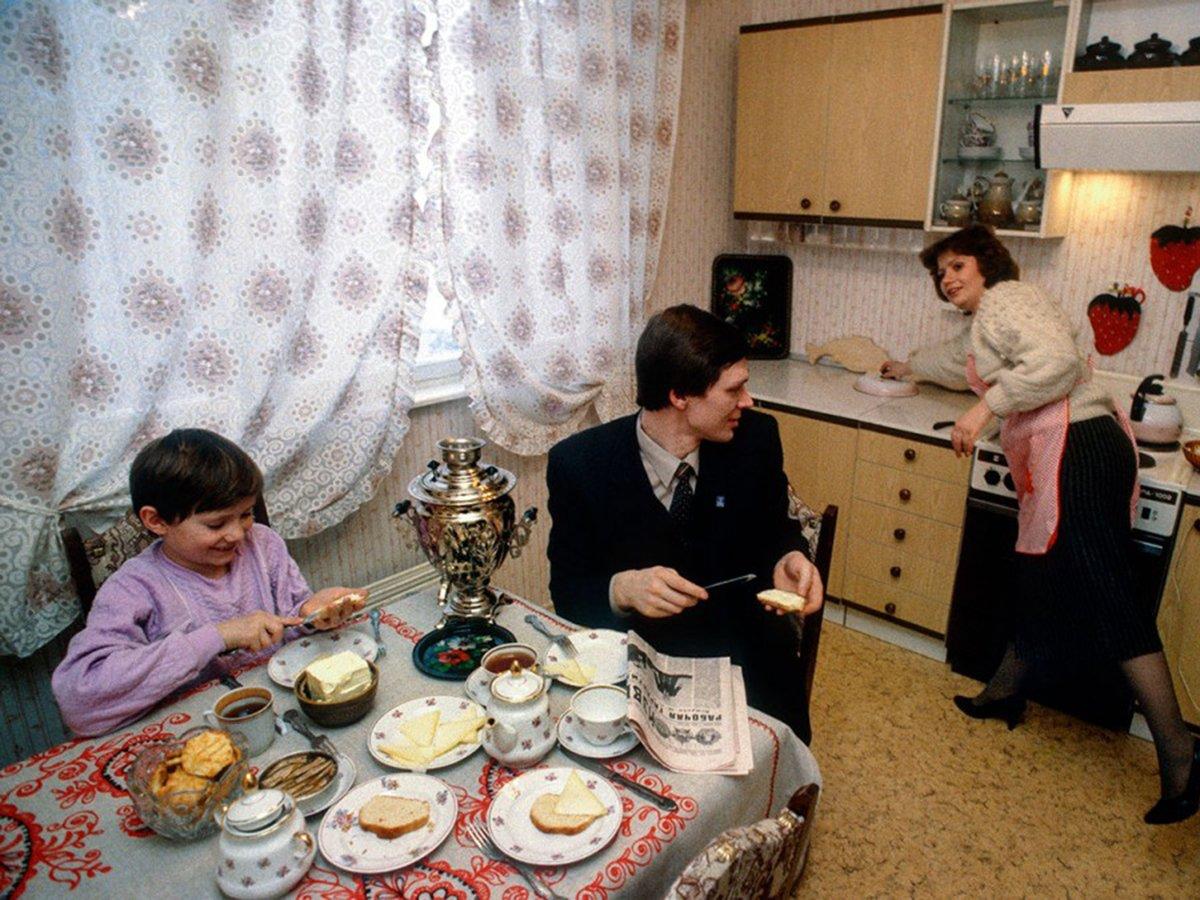 Завтрак в советской семье