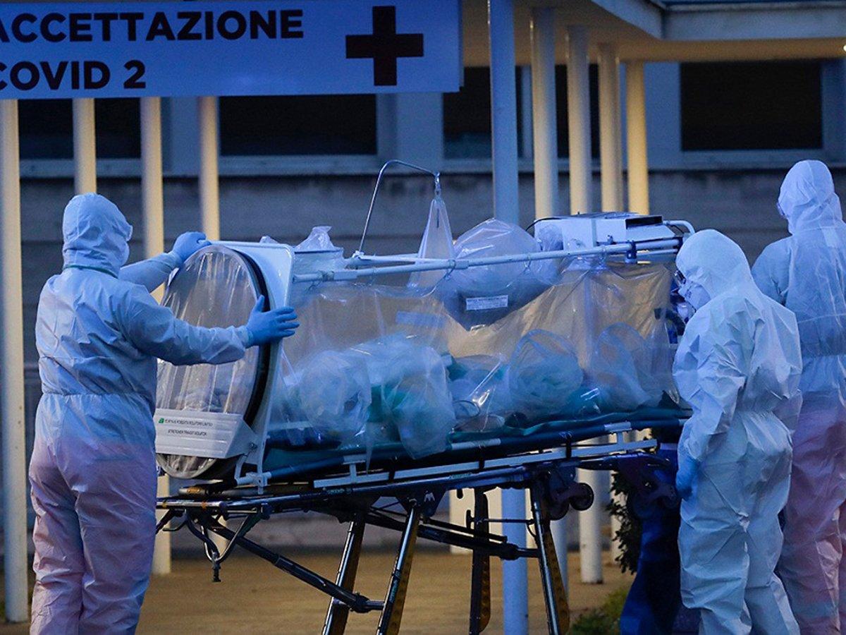 СМИ пишут о высокой смертности врачей от ковида в России