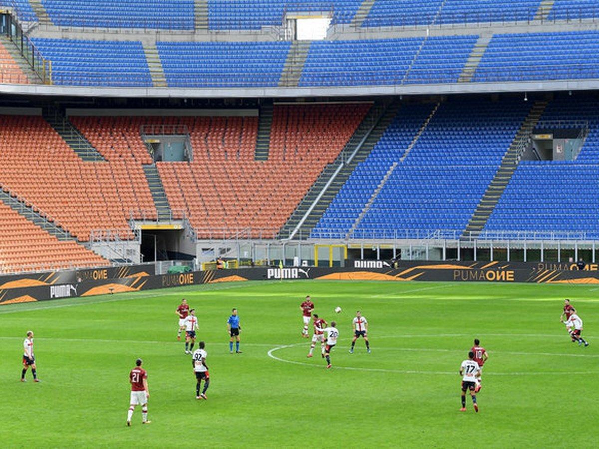 Роспотребнадзор разрешил проводить футбольные матчи со зрителями