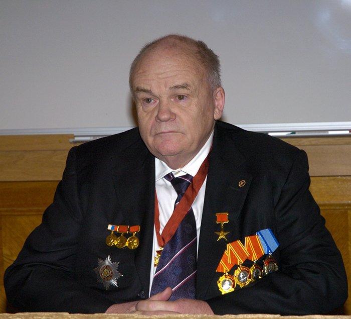 Евгений Велихов