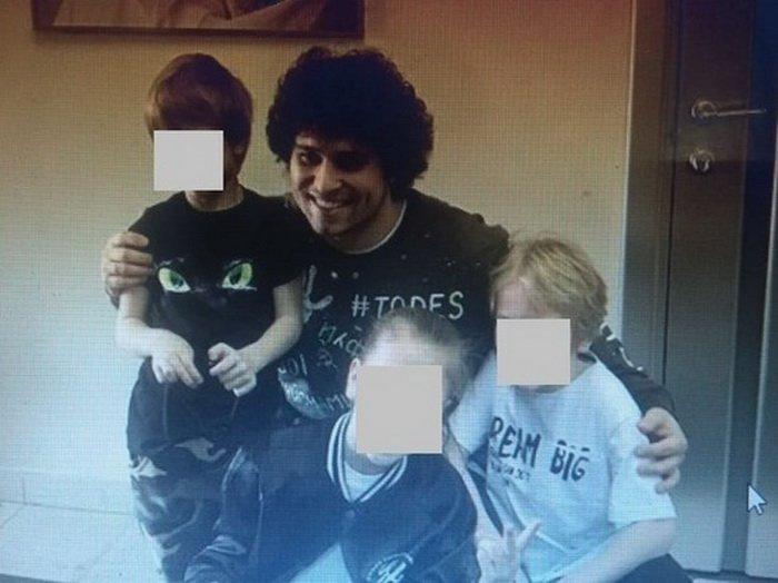 В Москве братья погбли, выпав из окна многоэтажного дома