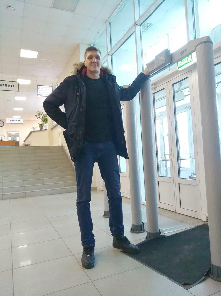 Член сборной России по волейболу напал на водителя в Москве