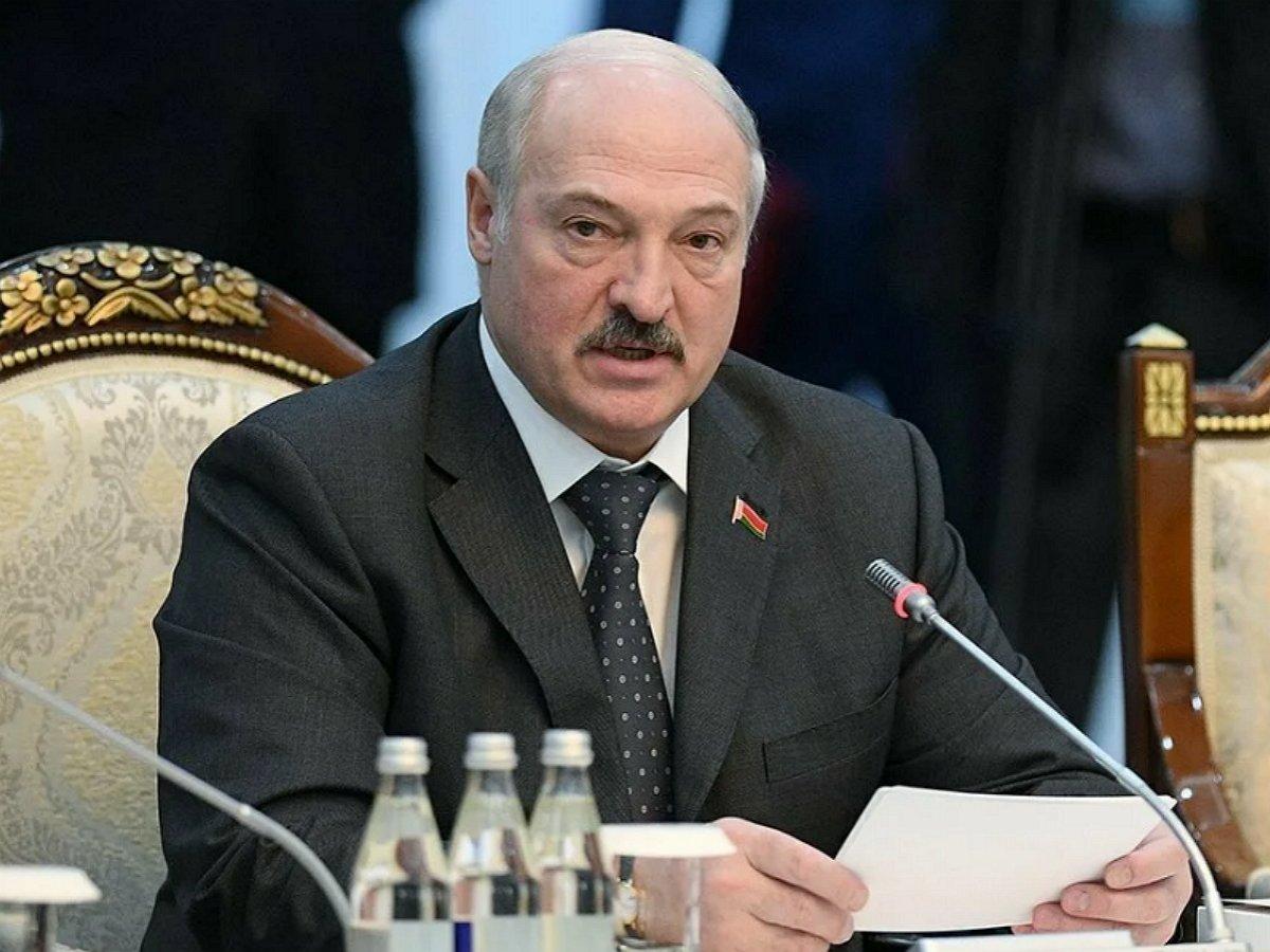 Лукашенко поедит на парад Победы в Москву