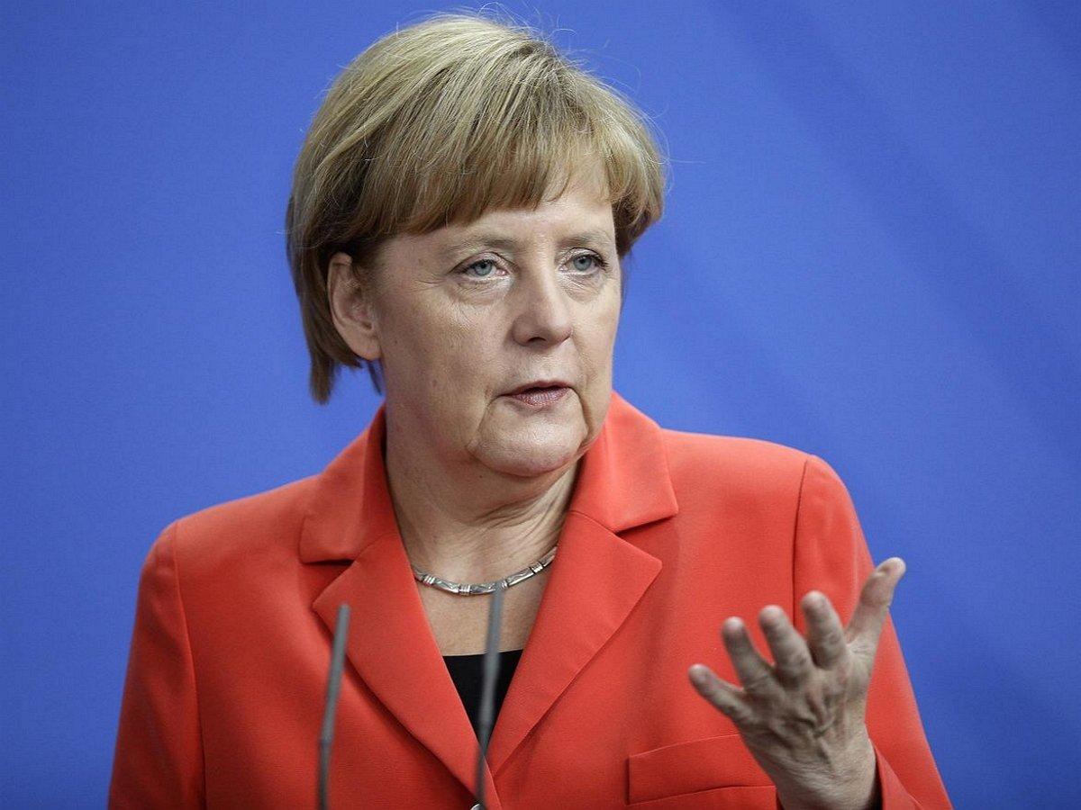 Меркель отказалась переизбираться на пост канцлера