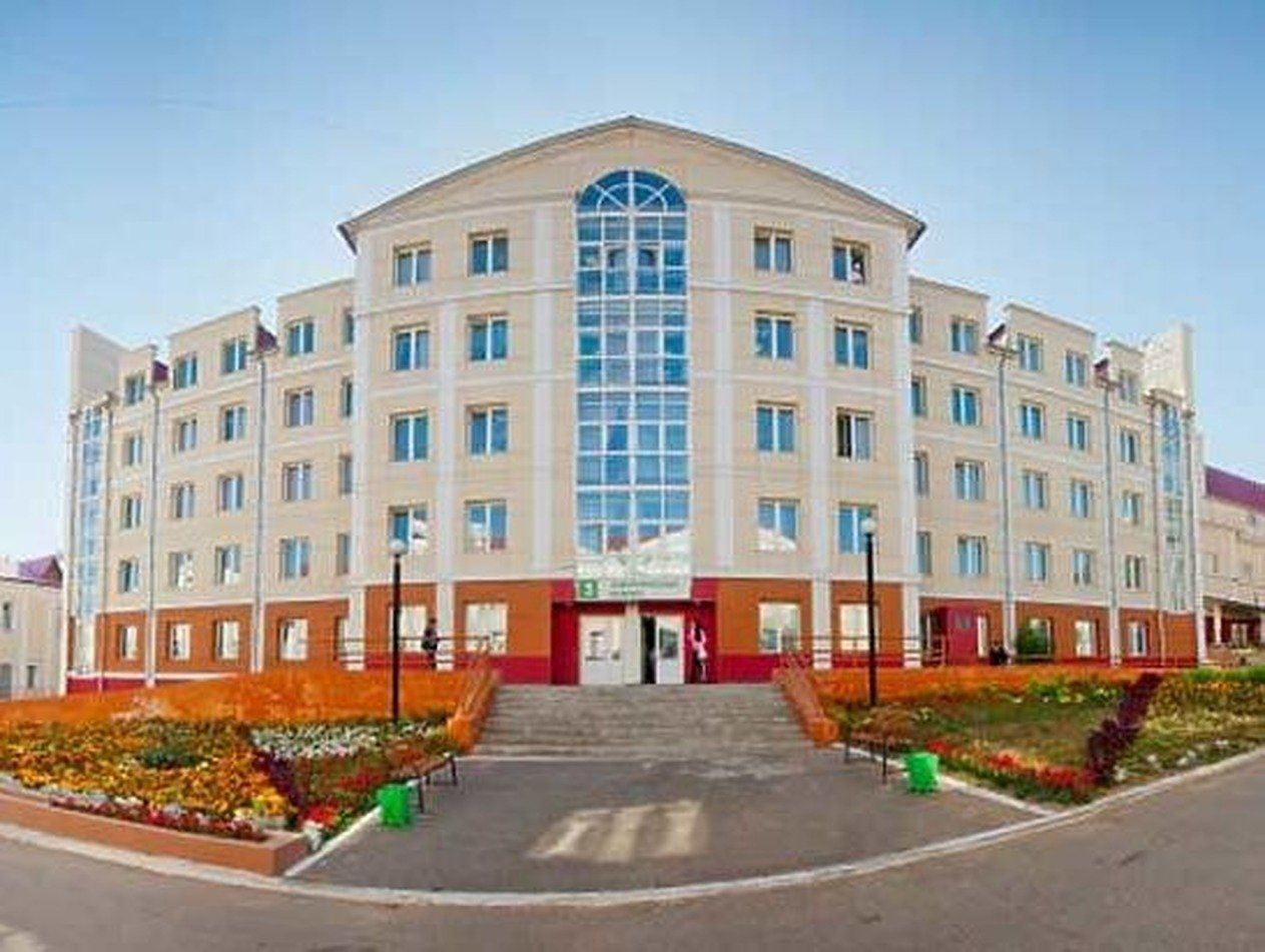 «И ширма есть»: пациентам в больнице Улан-Удэ выдали ведра-туалеты