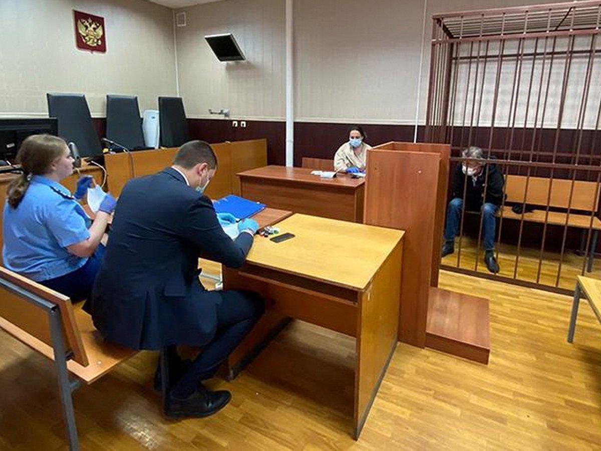 Михаила Ефремова отправили под домашний арест