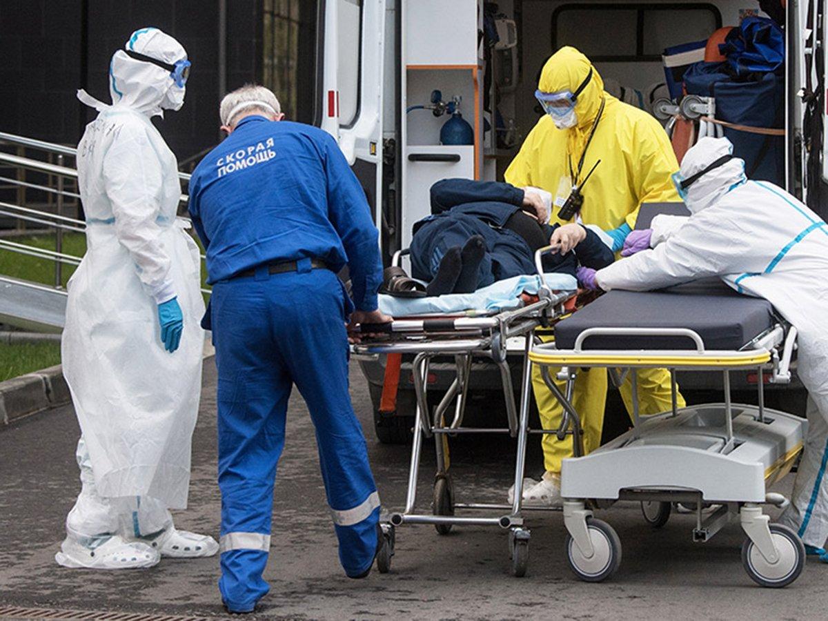 Попова рассказала о сроках второй волны коронавируса