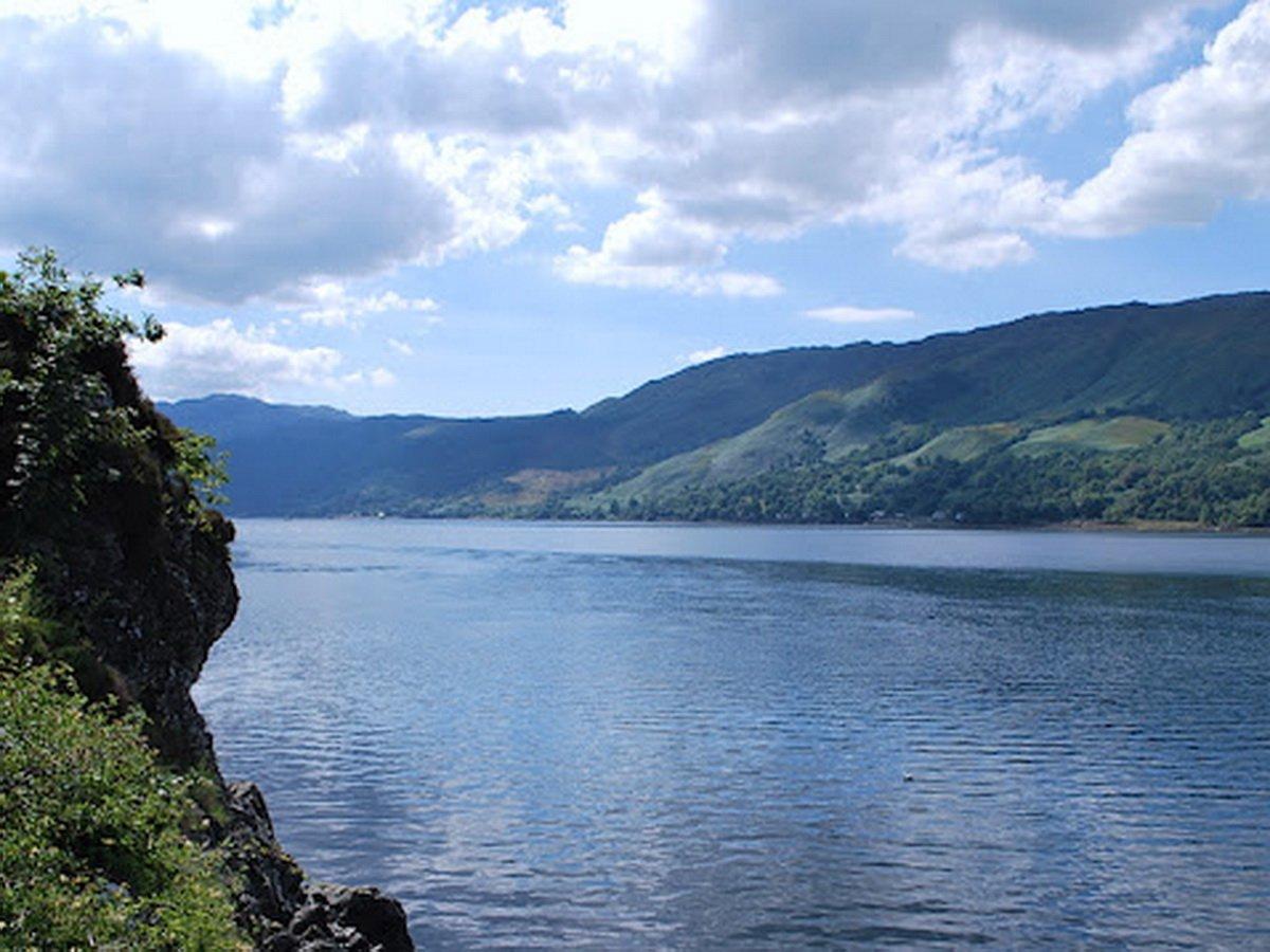 В озере Лох-Несс увидели нечто странное