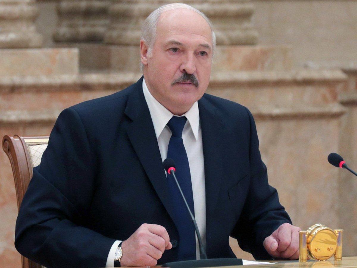 Силовики устроили протест против Лукашенко