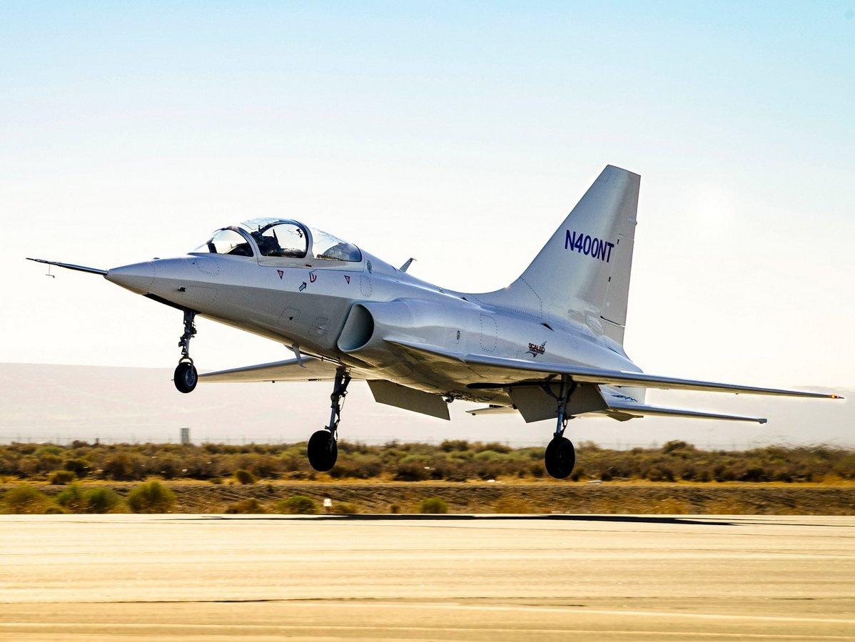 Самолет-невидимка попал на видео в пустыне Мохаве
