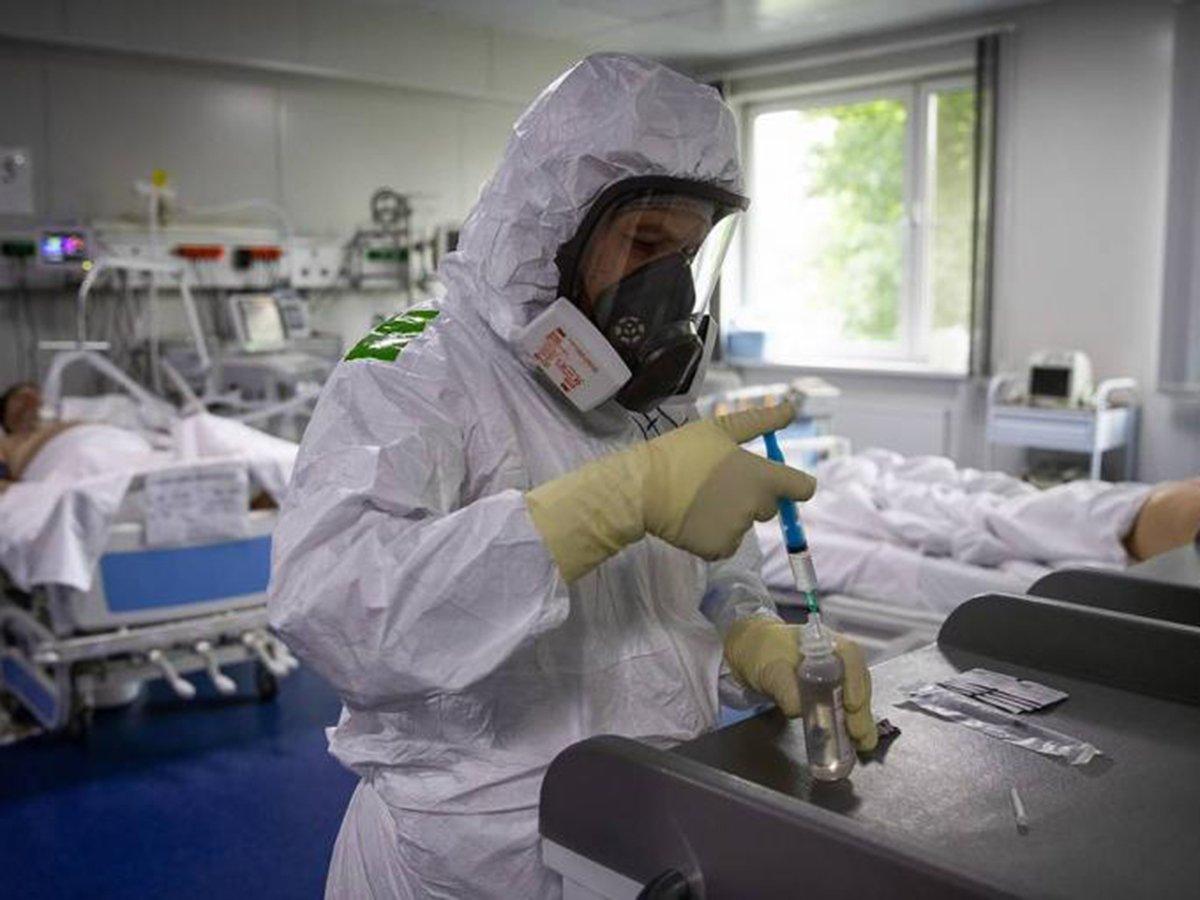 Москвич очнулся после комы и не узнал мир из-за коронавируса