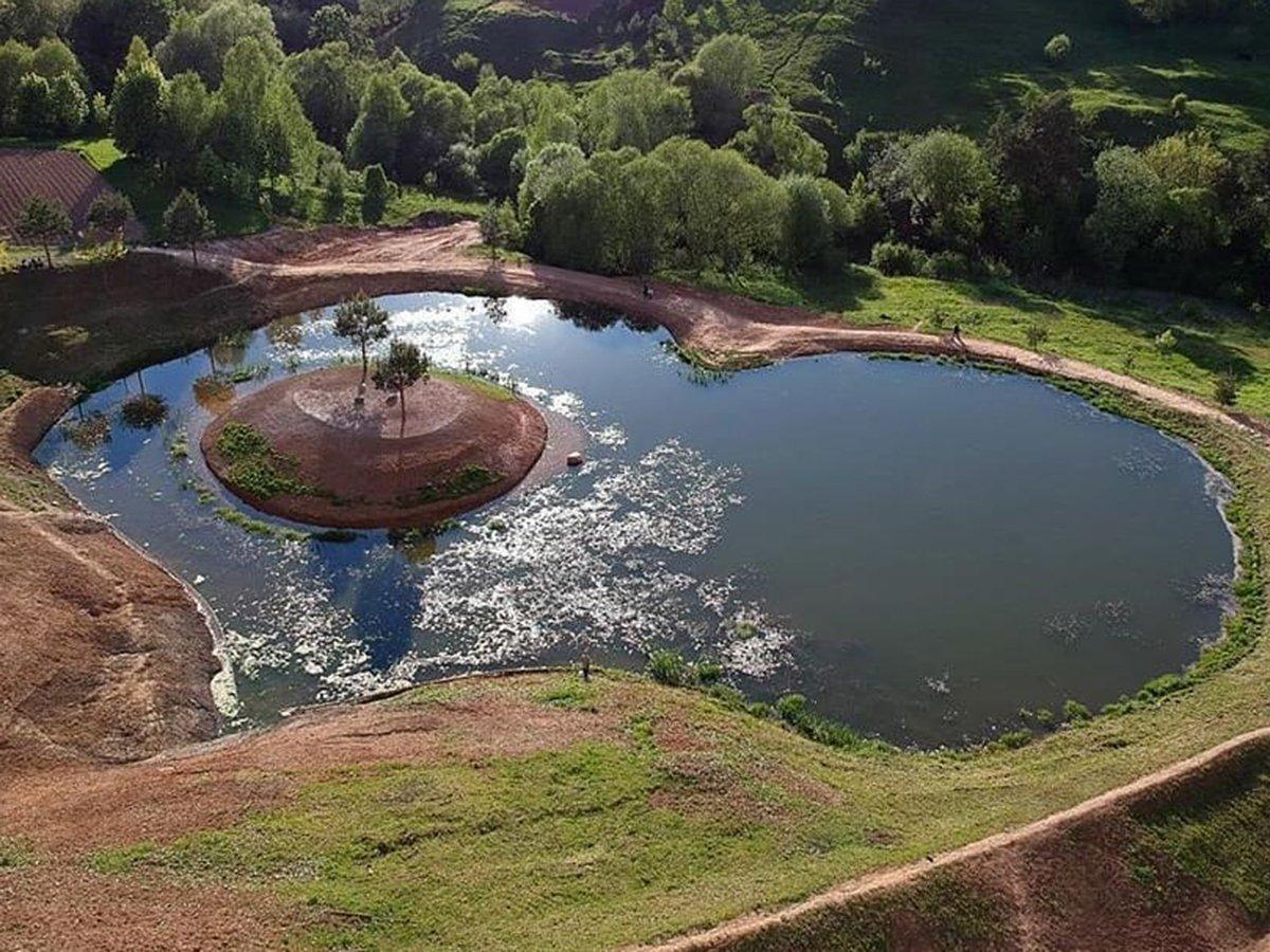 В Калуге решили осушить озеро в форме сердца