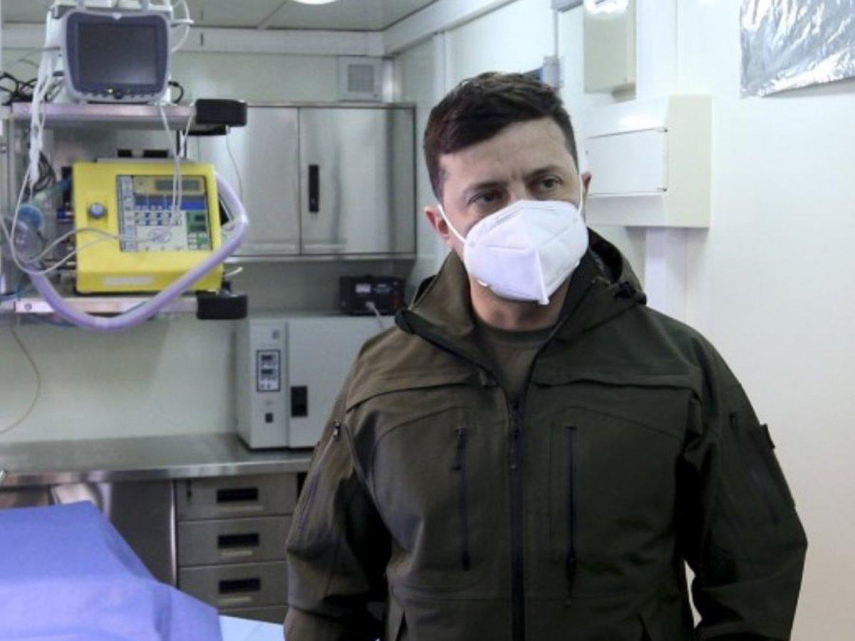 Зеленский уйдет на особый режим из-за коронавируса жены