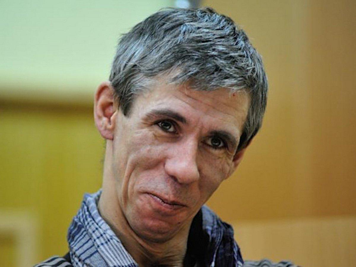 Панин устроил скандал на похоронах Кокшенова