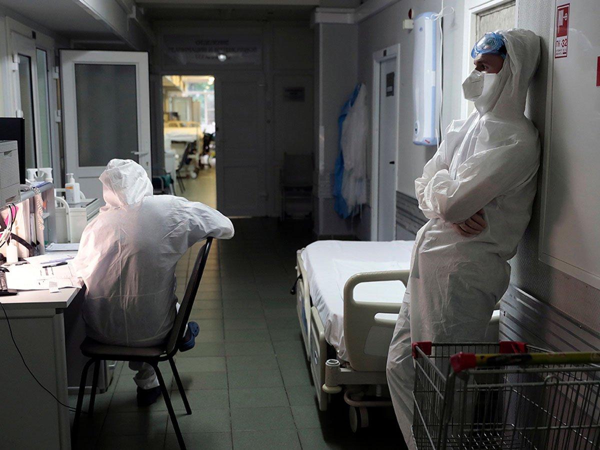 В России выявлены 7113 новых случаев COVID-19