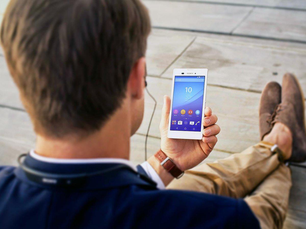Названы признаки прослушки смартфонов